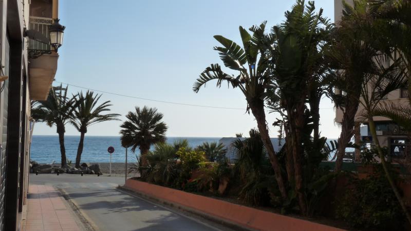 Paseo de la playa (25m)
