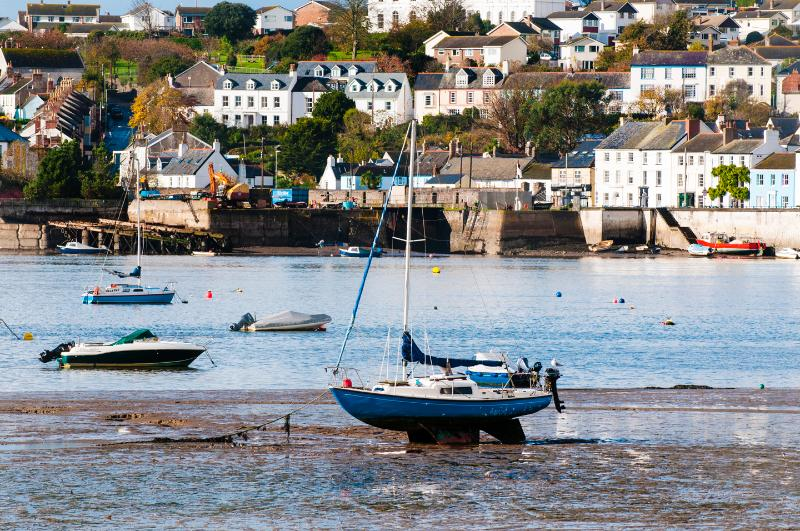 looking back at appledore  from instow