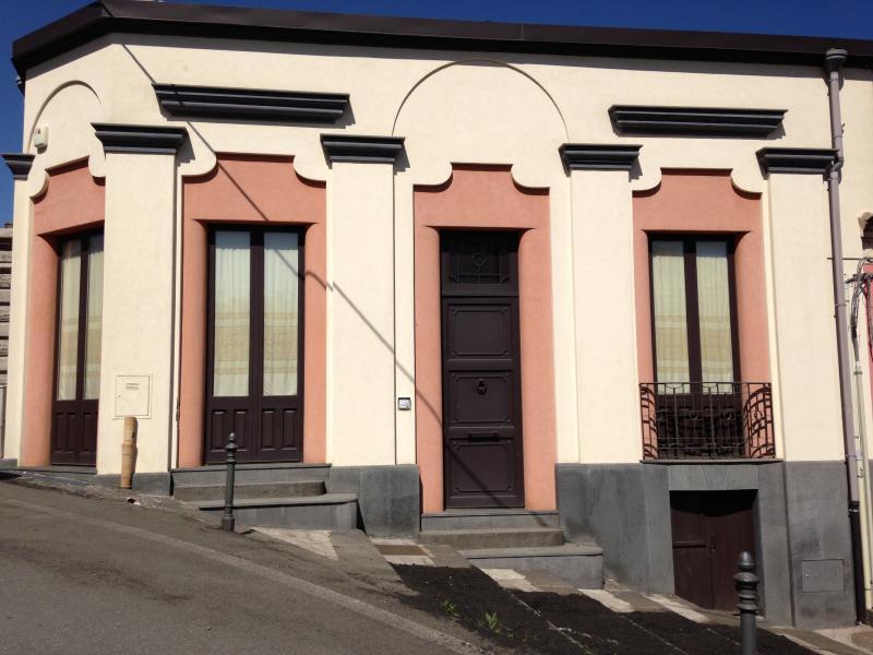 Etna Casa Vacanza  Residenza Maria Letizia - Milo, location de vacances à Milo