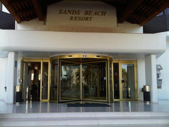 Sands Beach Entrance