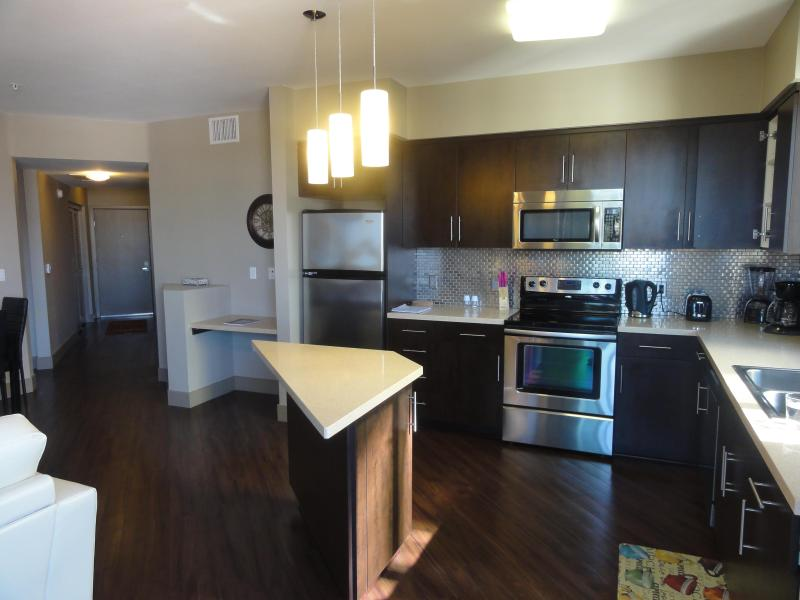Spacious kitchen you can play on