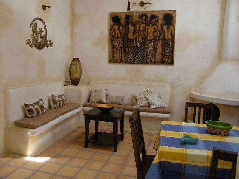 Apartamento Jaretas de un dormitorio en finca privada con piscina, holiday rental in Las Brenas