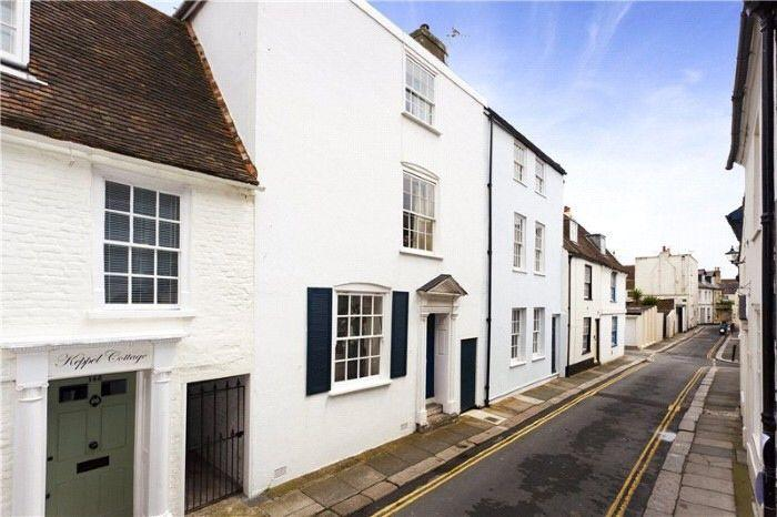 Hamilton House 18th Century 4 Bed Seaside Cottage in Deal conservation area, location de vacances à Deal
