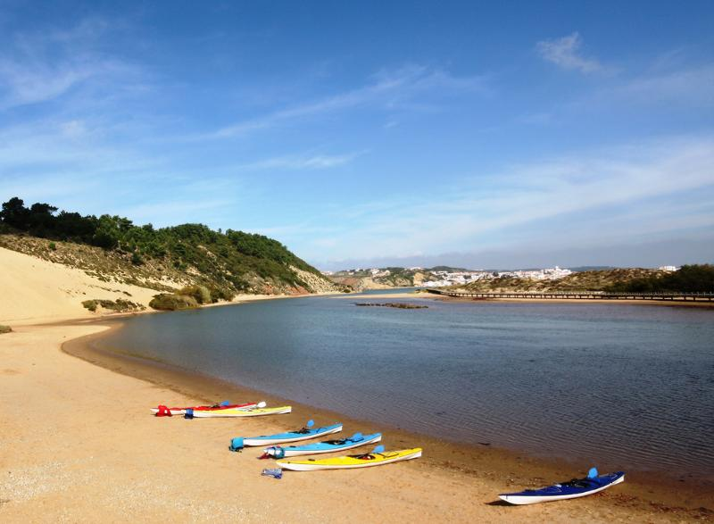 Salir do Porto's stunning beach