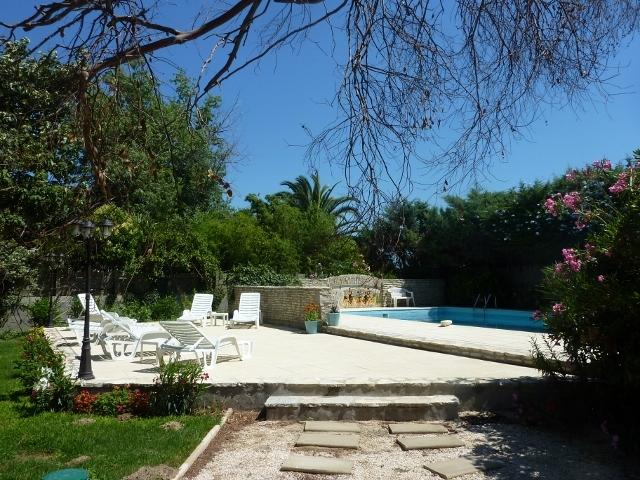 Catalan Mas, pool, near beach, holiday rental in Pyrenees-Orientales