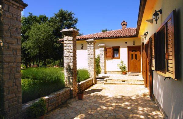 Villa Rita, aluguéis de temporada em Sisan