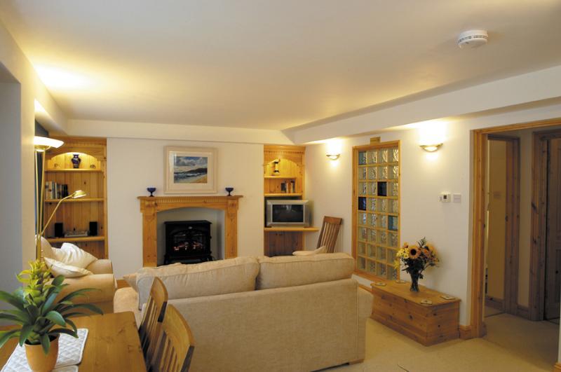 Bovisand Heritage Apartments - Rodney Lounge