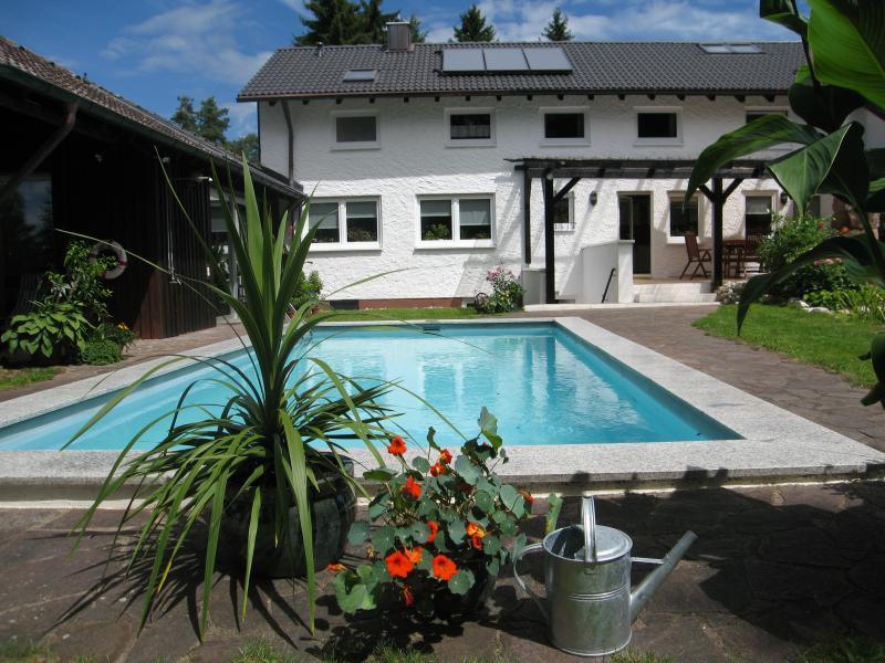 Holiday apartment Hubner Roth, alquiler de vacaciones en Rottenbach