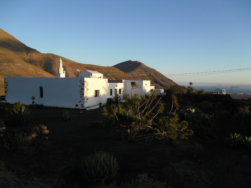 Exterior de casa rural Los Ajaches