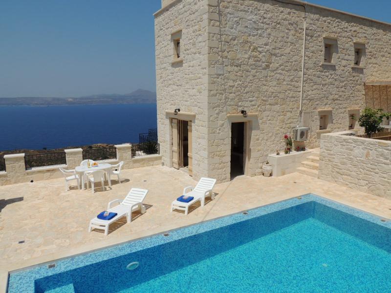 Villa Athina mit Meerblick und eigenem pool