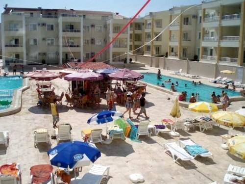 Horseshoe shape large pool (kiddies Area)  Pool side Bar, Free sun loungers