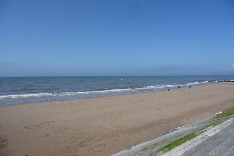 cleveleys strand