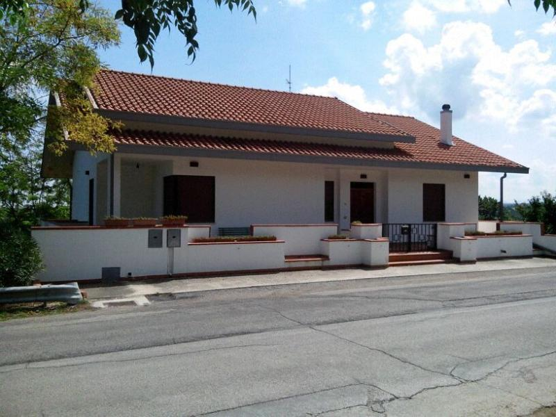 House for rent in Giuliano Teatino (Abruzzo) Has Grill and ...