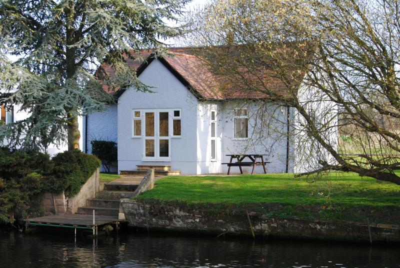 Kingfisher Cottage from across the river