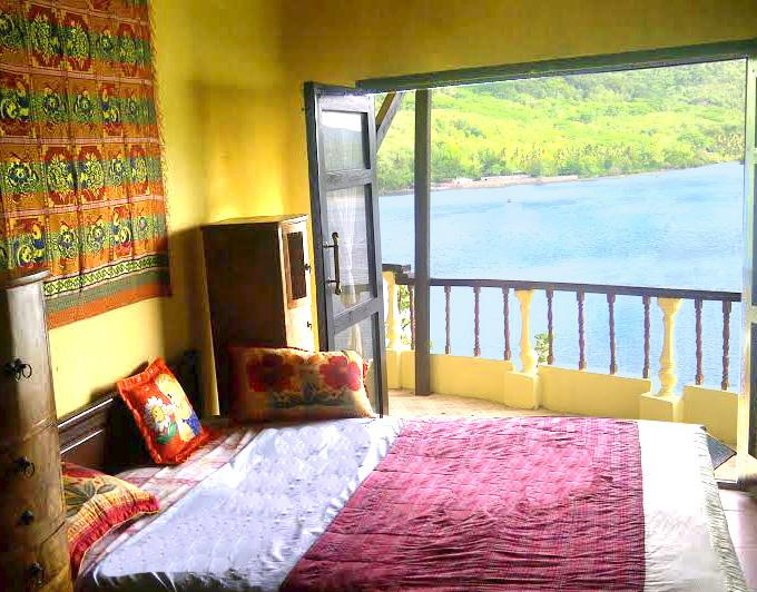 Villa on Hillside - solar hot water, holiday rental in Gili Gede
