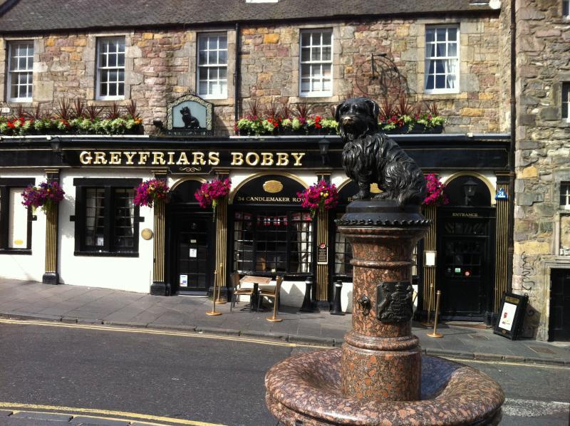 """Perfect location"" in city centre/Old Town Edinburgh ..."