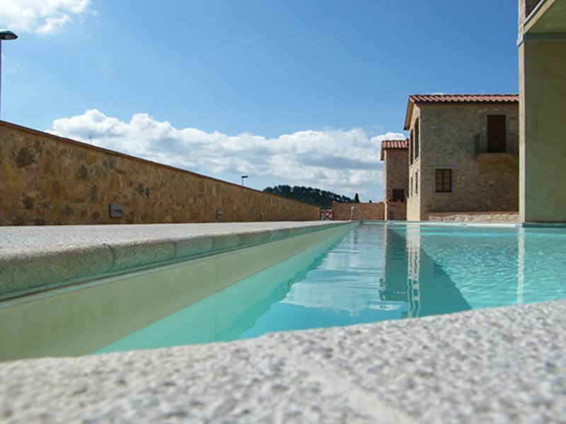 Borgo di Gaiole piscine principale