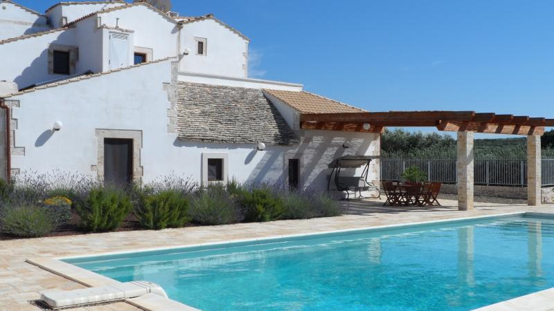 Stunning Masseria with enclosed private pool