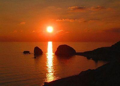 Pine View - Fabulous sunsets at Petra Tou Romiou