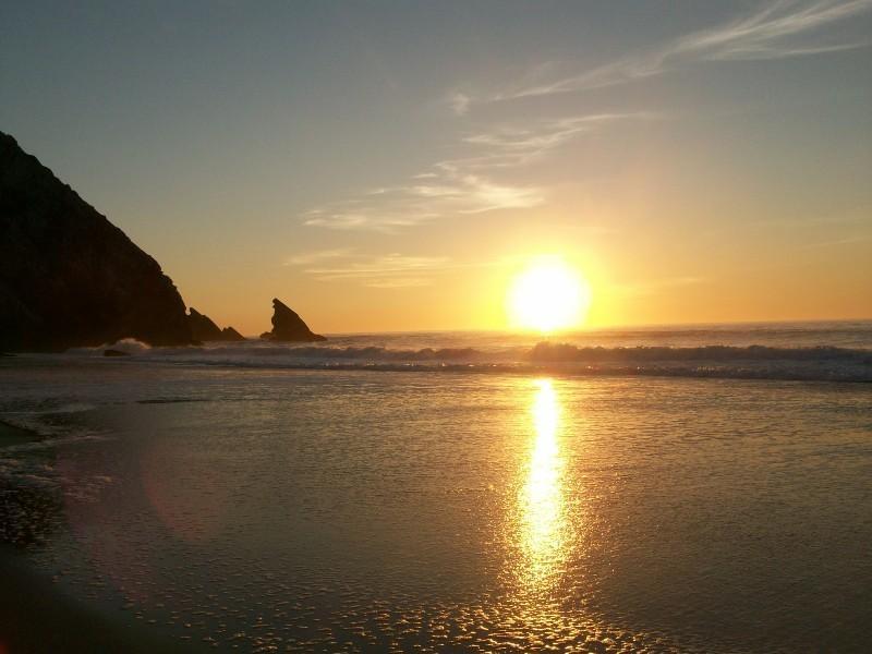 puesta de sol en Praia da Adraga