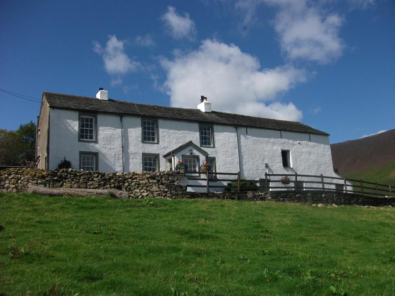 High Snab Farm holiday cottage, alquiler vacacional en Newlands Valley