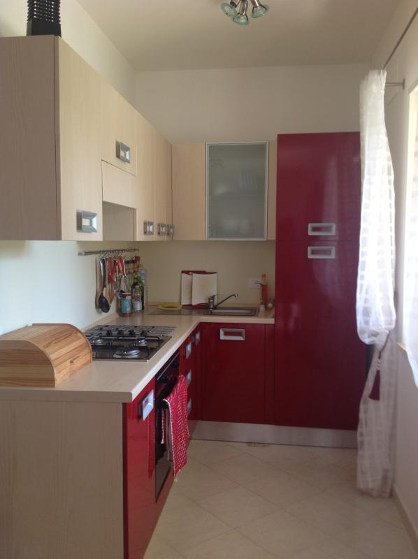 Modern kitchen with gas hob, electric oven, fridge/freezer and much more..