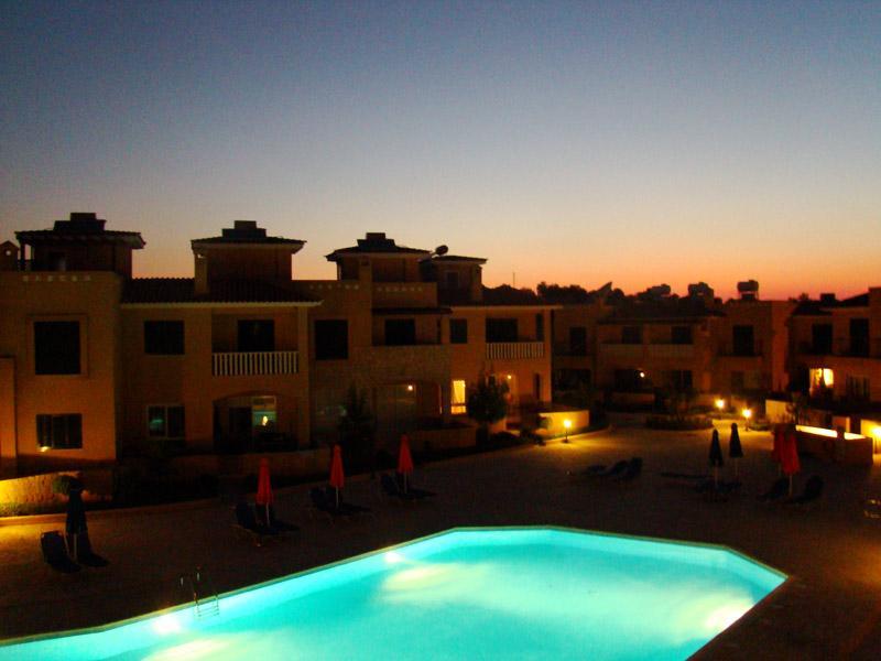 Vue du complexe au coucher du soleil depuis le balcon