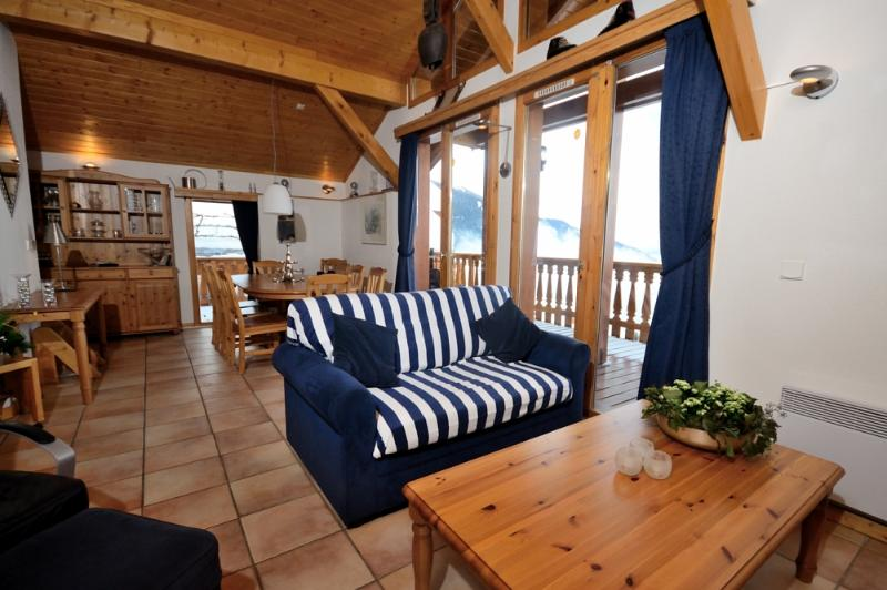 8p, 4 bedroom detached homely chalet with wonderful views, holiday rental in Peisey-Vallandry