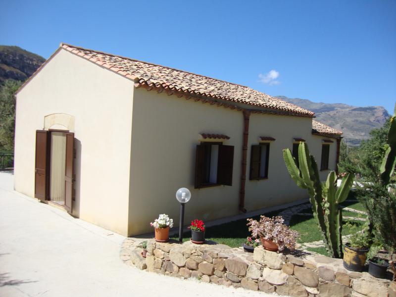 Casa Marzuco, Calatafimi Segesta (Tp), holiday rental in Vita