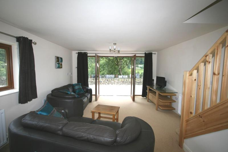 VICTORIA WOOD VIEW, holiday rental in Rishworth