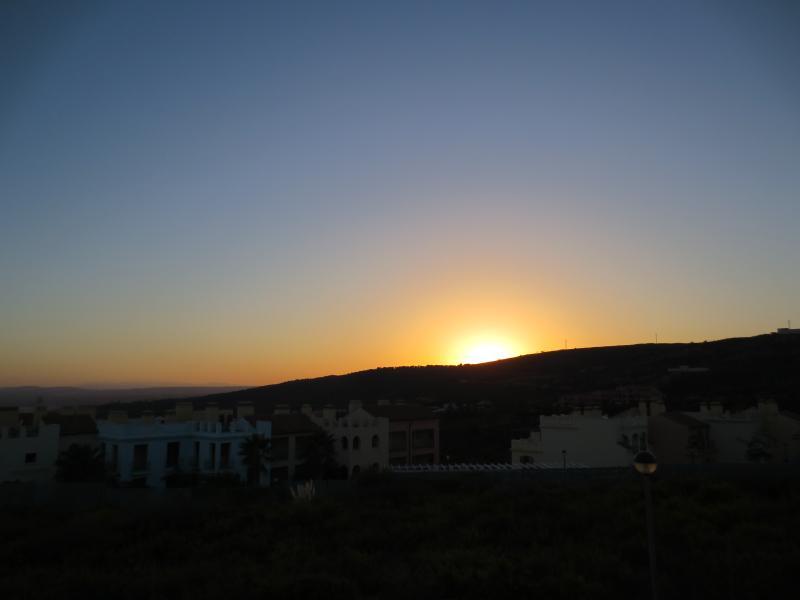 Sunset - signalisation de la fin d'un autre jour glorieux, depuis le balcon de la Chambre des maîtres