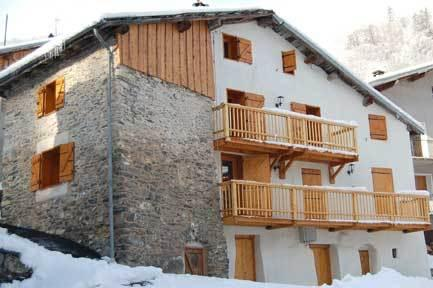 Chalet alpage - front view