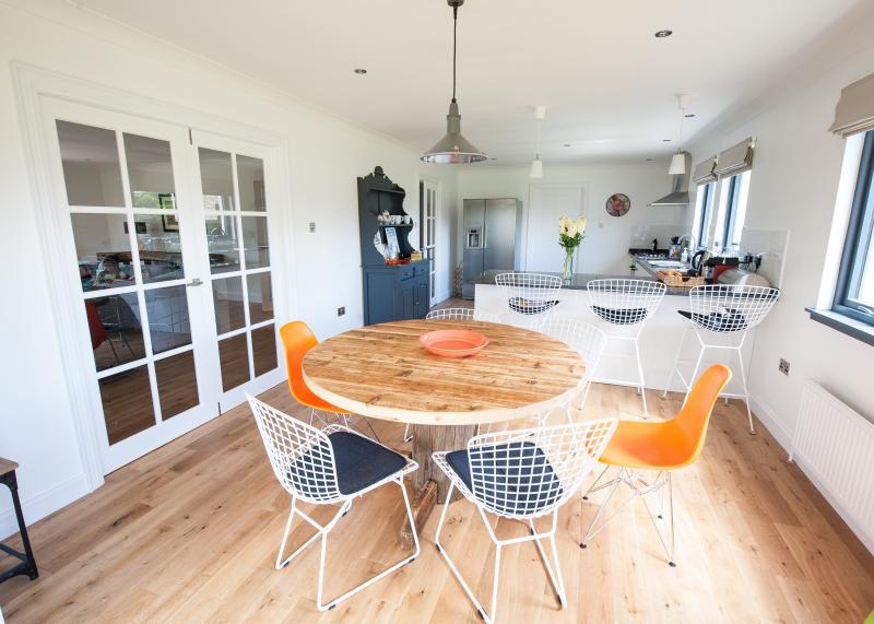 Open space cucina / sala da pranzo.