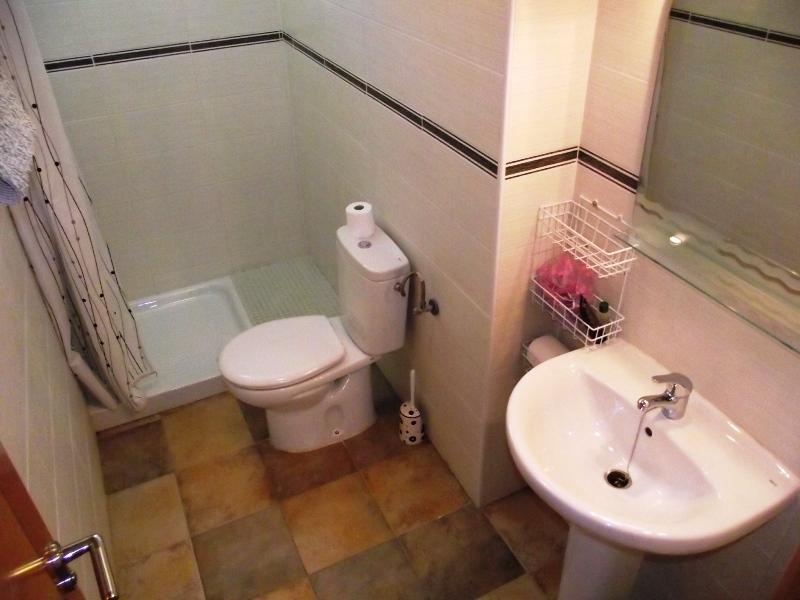 Shower room main floor