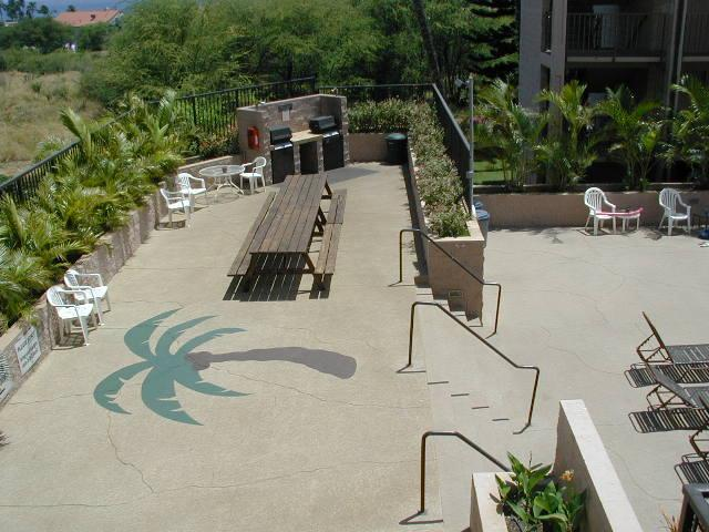 Community BBQ Area (within Pool Area)