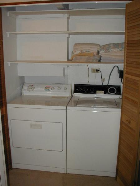 Full Size Washer/Dryer in the Unit