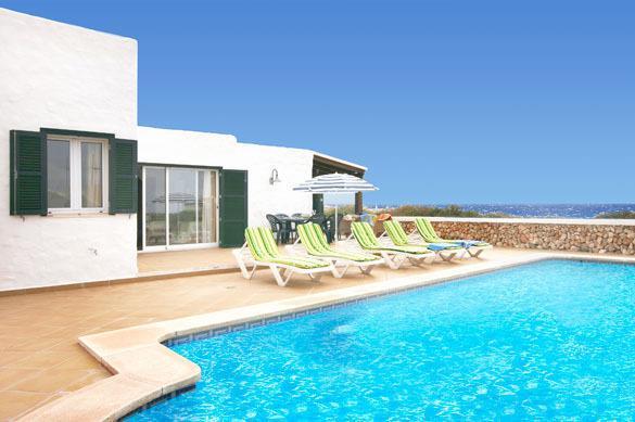 Villa Pura Vida with heating pool in front of the mediterranean sea