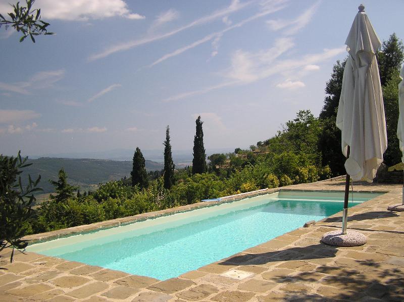 Toskana auf höchstem Niveau. hoch oben auf dem Hügel, einfache Fahrt, ruhig und privat mit Blick zu sterben!