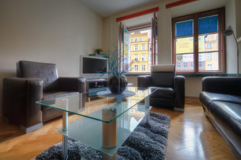 Apartment Central on the Market Square in Wroclaw living room