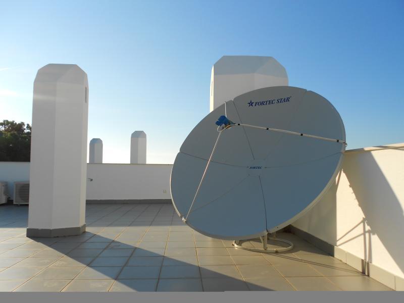 Satellite dish on roof terrace!