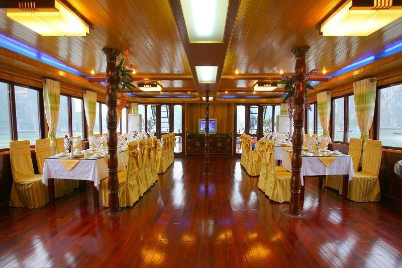 Elizabeth Sails Restaurant