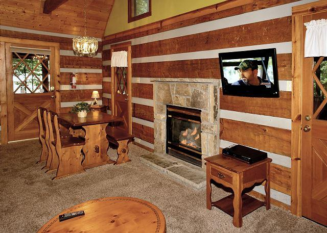 Parkside Party #1676- Living Room with Fireplace & Flat Screen T