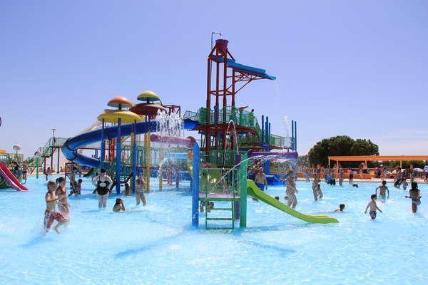 Aquashow Water Park