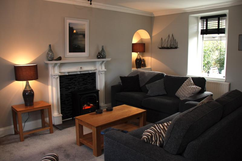 Lounge with flat screen TV, DVD player & wide choice of movies, games, puzzles, books