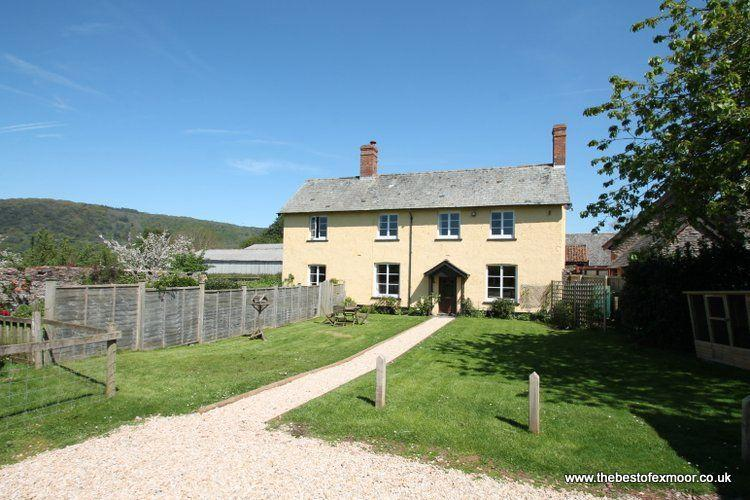 Farm Cottage, West Luccombe - Sleeps 6 - Exmoor National Park, vacation rental in Exmoor National Park