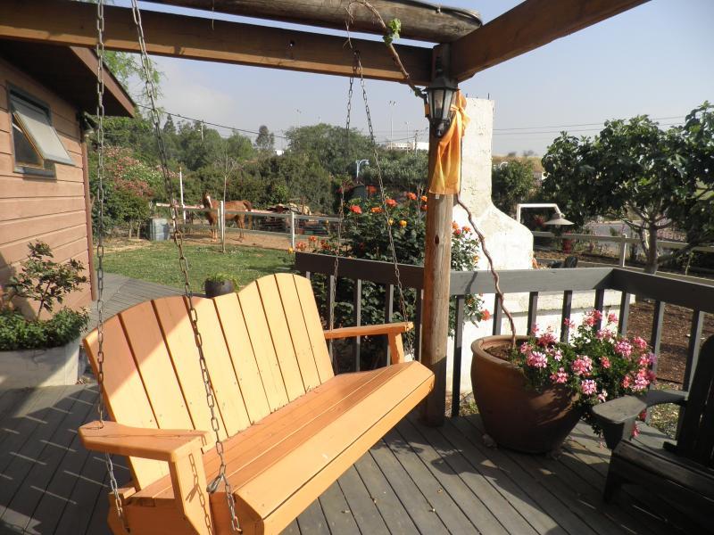 Ben & Jen's Galilee B&B, and Israel Expeditions, alquiler de vacaciones en Qatsrin