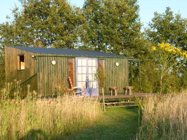cabane du vieux chene, vacation rental in Saint-Epain
