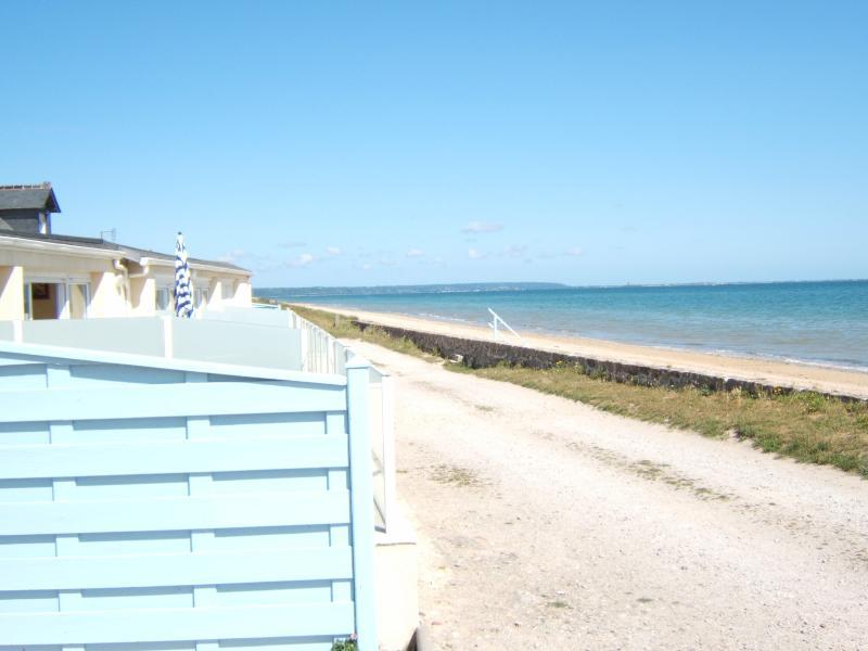tripadvisor location mer normandie sur plage du d barquement vakantiehuis in saint marcouf. Black Bedroom Furniture Sets. Home Design Ideas