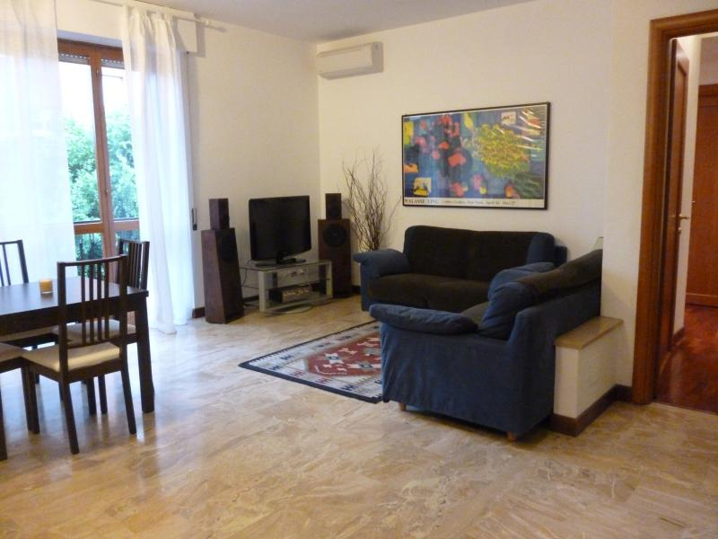 Bergamo center, near station, for large groups  !, holiday rental in Province of Bergamo