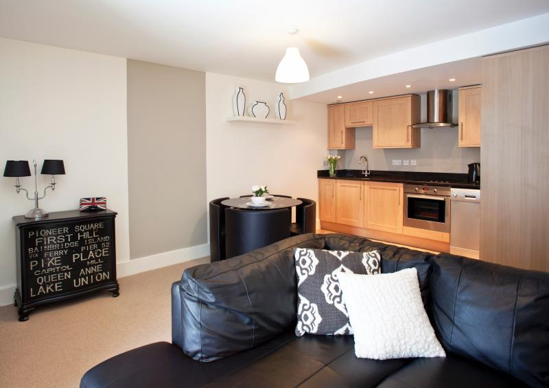 Open Plan City Living at St Maurice's Court, Holiday Rental, York